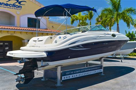 Used Sea Ray Sundeck Boats For Sale by Used 2006 Sea Ray 240 Sundeck Boat For Sale In West Palm