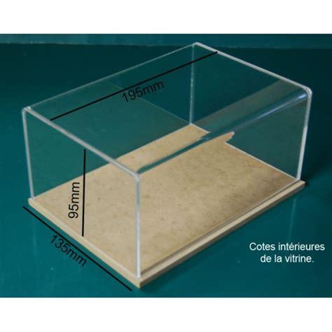 boite vitrine artisanale en plexiglas avec socle en bois m 233 dium