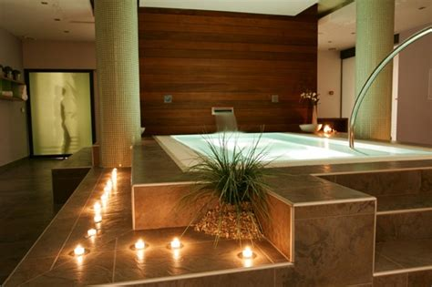 Inexpensive Way To Recreate Atmosphere Of Spa In Your Bathroom
