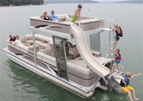 Best Pontoon Party Boats by Best 20 Pontoons Ideas On Pinterest Lake Boats Pontoon