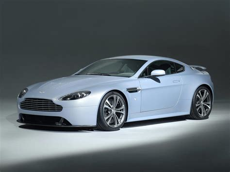 Aston Martin V12 Vantage And Carbon Black Special Edition