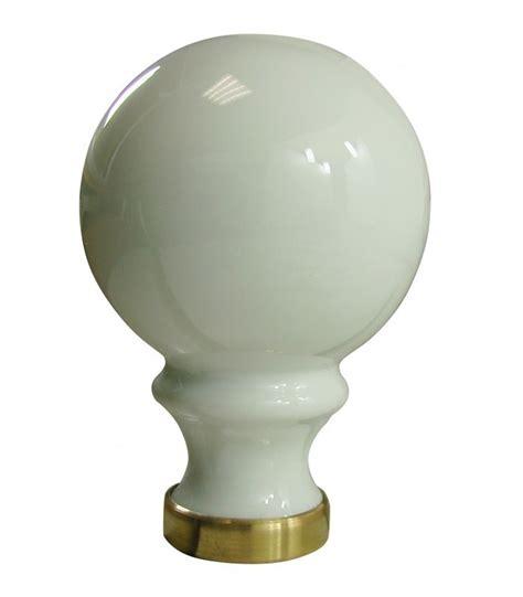 boule de re d escalier blanche 248 80 mm en porcelaine de limoges sur embase laiton