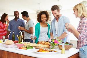 5 Tips for the Single Host   Hey Good Cookin'