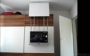 Schrank An Der Wand Befestigen : diy tv lift auf schrank on cupboard offen cupboard diy lift offen on schrank tv hifi ~ Markanthonyermac.com Haus und Dekorationen
