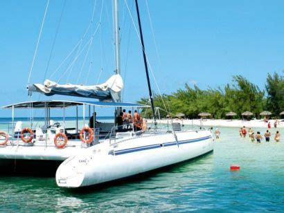 Catamaran Cruise In Cuba by 14 Best Things To Do In Cuba Images On Pinterest