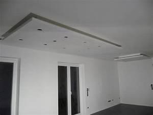 Spots In Der Decke : k che fliesen im badezimmer abgeh ngte decke im eg jetzt wird gebaut bautagebuch ~ Markanthonyermac.com Haus und Dekorationen