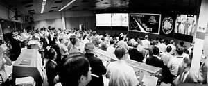 Apollo 13 Mission Control Teams - Pics about space
