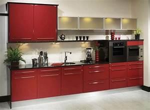 Küche Rot Streichen : k che in rot gestalten das sinnliche rot ~ Markanthonyermac.com Haus und Dekorationen