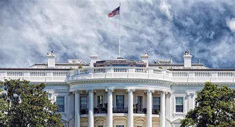 192 la maison blanche les feront ils fi d une tradition de 100 ans sputnik