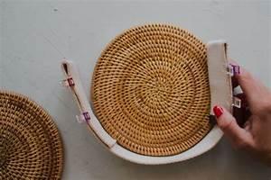 Untersetzer Selber Machen : runde diy rattan handtasche basteln aus untersetzern ~ Markanthonyermac.com Haus und Dekorationen