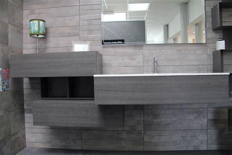 meuble de salle de bain vasque integr 233 e resine carrelage et salle de bain la seyne var caro styl