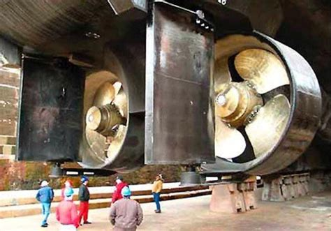 Biggest Boat Manufacturers In The World by 8 Biggest Ship Propellers In The World