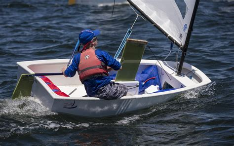 Boot Optimist by Optimist Boat Www Pixshark Images Galleries With A
