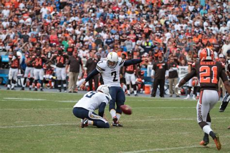 San Diego Chargers Beat Cleveland Browns With Late Field