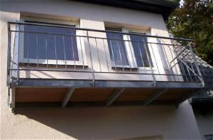 Balkon Grüner Belag : balkone und terrassen traumschlosser ~ Markanthonyermac.com Haus und Dekorationen
