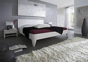Bett Weiß Lackieren : bett 200x200 beine 1 komforth he kopfteil 3 kiefer wei lackiert ~ Markanthonyermac.com Haus und Dekorationen