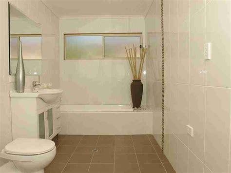 Simple Bathroom Tile Ideas