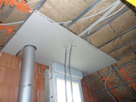 22 f 233 vrier 2012 pose du placo au plafond de l 233 tage notre maison mikit dans le morbihan