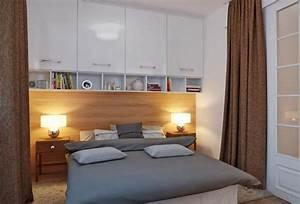Regal über Bett : stauraum im kleinen schlafzimmer planen schr nke ber dem bett wohnideen pinterest ~ Markanthonyermac.com Haus und Dekorationen