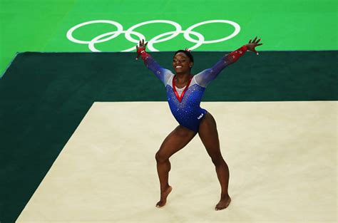 biles nails floor routine earns fourth