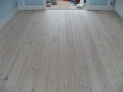 White Wood Laminate Flooring Home Centre Furniture Modular Office Uk Systems Dream Cheap Where To Buy Prime Decor Ashley Store