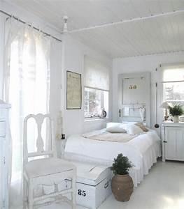 Schlafzimmer Massivholz Landhausstil : landhausstil schlafzimmer in wei 50 gestaltungsideen ~ Markanthonyermac.com Haus und Dekorationen