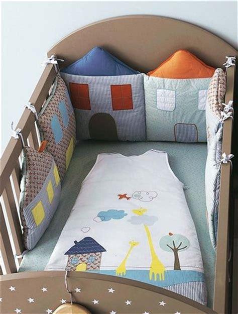 tour de lit modulable b 233 b 233 brod 233 maisons bleu vertbaudet enfant nuevas ideas bebes