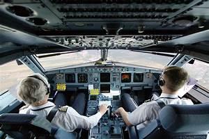 30 Pilots And Flight Attendants Best Kept Secrets | Big ...