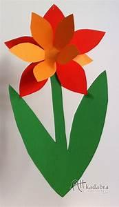 Frühlingsdeko Mit Kindern Basteln : fr hlingsblumen basteln f rs fenster raum und m beldesign inspiration ~ Markanthonyermac.com Haus und Dekorationen
