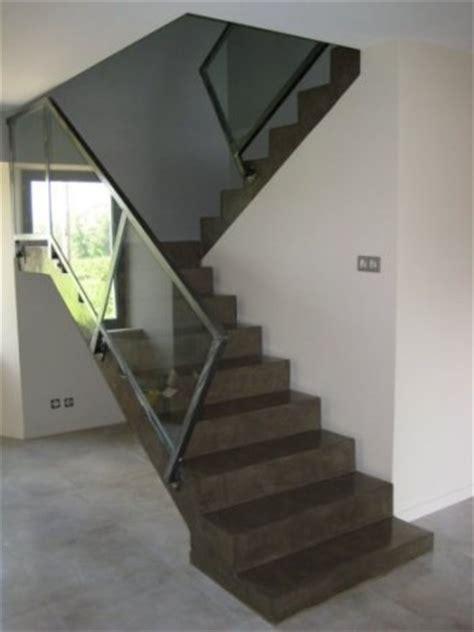 etape habillage escalier