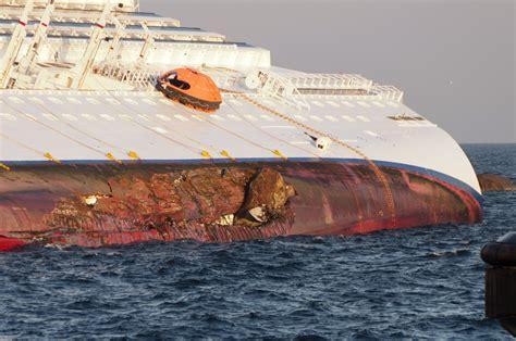 Schip Concordia file collision of costa concordia dsc4191 jpg wikipedia