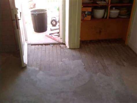 remplacement du lyno avec un ragr 233 age avant la pose sur un ancien plancher bois entreprise de