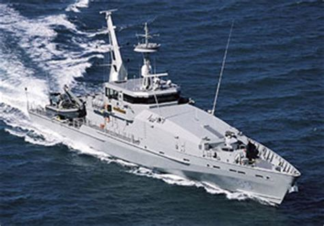 Boat R Townsville by Department Of Defence Annual Report 2005 06 Chapter 2