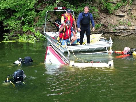 Boating Accident News by Boat Crash In Middle Tennessee Injures Two Murfreesboro