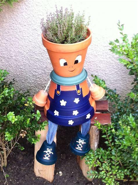 un jardinier en pot de terre pot en terre cuite personnage pots