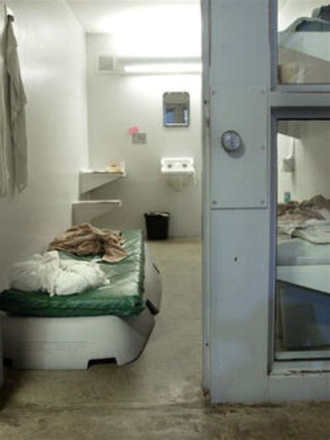 Boat Bed In Jail by City Sheriff At Odds Over Inmates