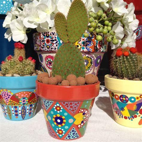 les 20 meilleures id 233 es de la cat 233 gorie pots de fleurs peints sur des pots en argile