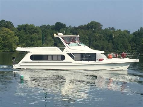 Yacht Under 100k by 1992 Bluewater Yachts 53 Cabin Yacht Power Boat For Sale