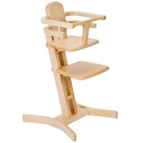 chaise haute 233 volutive en bois massif photo de mobilier pour enfants lunaviolette