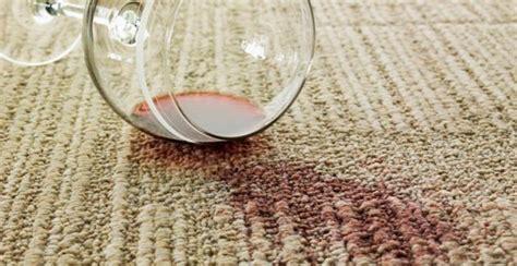 enlever une tache de vin 10 trucs qui marchent