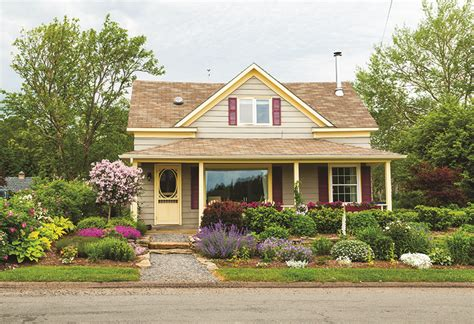 Curb Appeal Sets Homes Apart  Real Estate Weeklycville