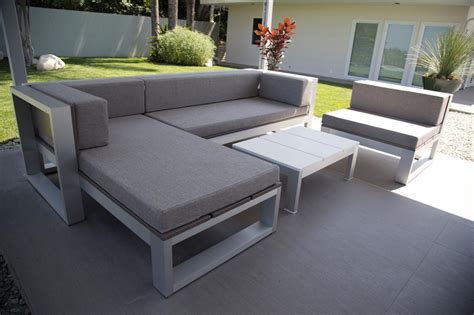 outdoor sectional sofa with chaise scandlecandle