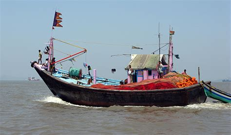 Small Boat In Hindi by The Complete Guide For Liveaboards In South India