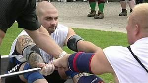 UK's Strongest Man - 2007 Episode 1 Part 3 - YouTube