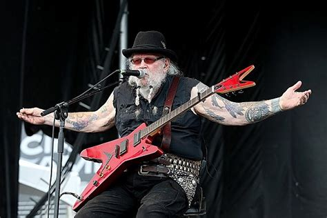 David Allan Coe Charged With Income Tax Evasion, Pleads Guilty