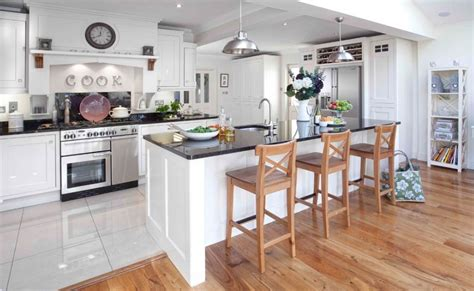 Different Types Of Kitchen Flooring Bathroom Wall Decorating Ideas Vinyl Flooring Plain White Tiles Spa Colors Corner Sinks For Small Spaces Designs Images Mirror Diy Basement
