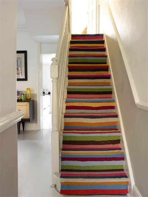 r 233 nover un escalier en bois