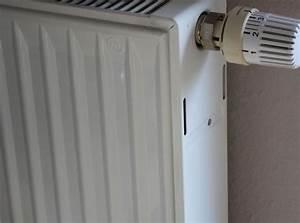 Heizkörper Richtig Entlüften : heizk rper pl tschert heizung richtig entl ften ich weiss ~ Markanthonyermac.com Haus und Dekorationen
