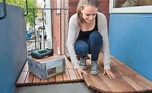 Holz Für Balkonboden : holzfliesen balkon holzterrasse ~ Markanthonyermac.com Haus und Dekorationen