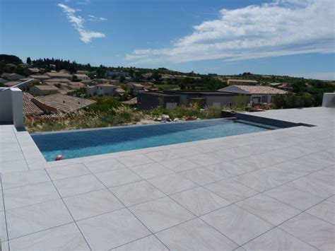plage de piscine montpellier h 233 rault carrelage pour particuliers